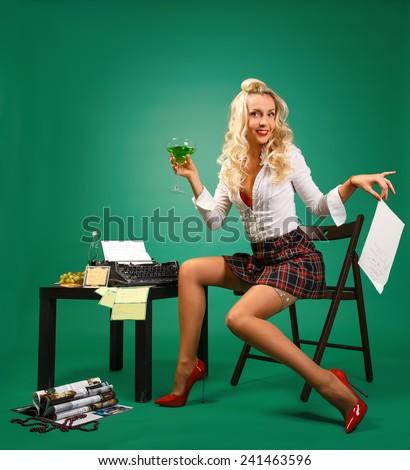 Девушка секретарша на dе фото