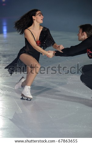 PINEROLO, ITALY - DECEMBER 26: Professional skaters Tanja Kolbe e Stefano Caruso performs gala during the 2010 Effetto Notte on December 26, 2010 in Pinerolo Turin, Italy.