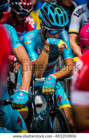 Pinerolo, Italy May 27, 2016; Vincenzo Nibali, Astana Team, concentrated in the bunch before the start of the hard mountain stage from Pinerolo to Risoul in the Tour of Italy 2016