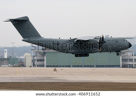 Planespotting at the airport of Stuttgart/Germany 27.02.2016  A Airbus A400M from the Royal Airforce lands on runway 07