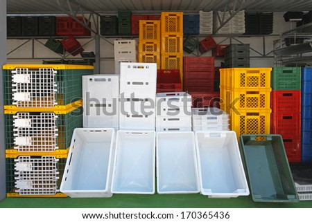 Plastic boxes and crates for transportation