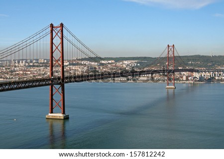 Ponte 25 de Abril (April 25 Bridge); Lisbon, Portugal