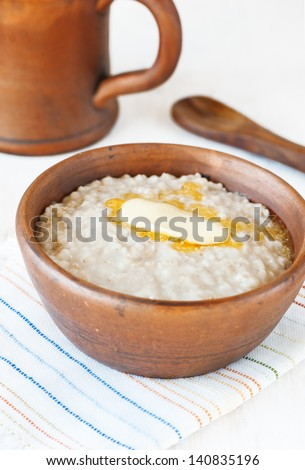 Porridge with butter