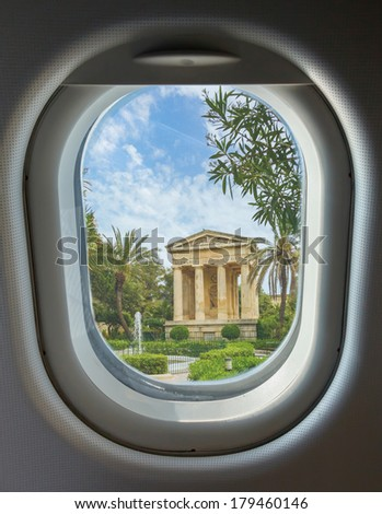 porthole and landmark, Monument to Sir Alexander Ball in the Lower Barrakka Gardens, Valletta, Malta - stock photo