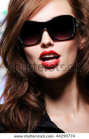 Portrait of a beautiful sensuality fashion  woman with bright emotions