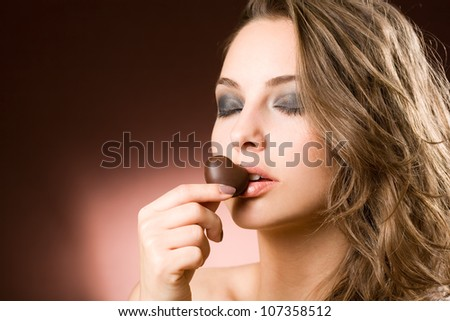 Portrait of a sensual brunette chocolate girl.