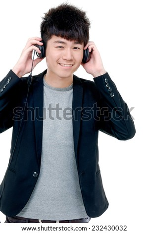 Portrait of a young man with headphones.