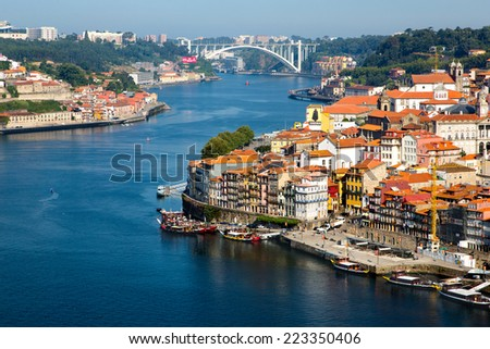Portugal, Porto, view of the city and Douro's river early in the morning