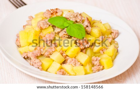 potato with minced meat