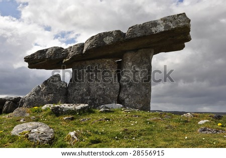 Poulnabrone dolmen, 5,000 year old portal tomb in the limestone Burren area of County Clare, Ireland - stock photo
