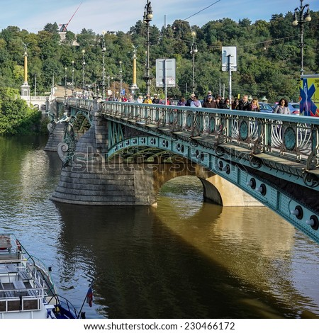 PRAGUE, CZECH REPUBLIC/EUROPE - SEPTEMBER 24 : Cechuv Bridge in Prague Czech Republic on September 24, 2014.Unidentified people.