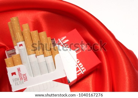 Cheapest pack of cigarettes Marlboro in Europe