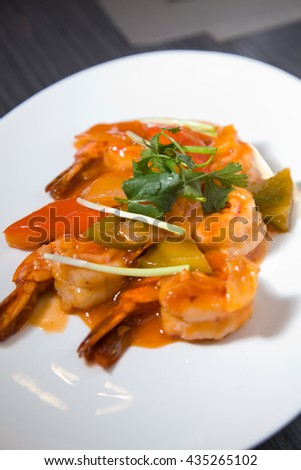 prawn with asian sweet acid sauce
