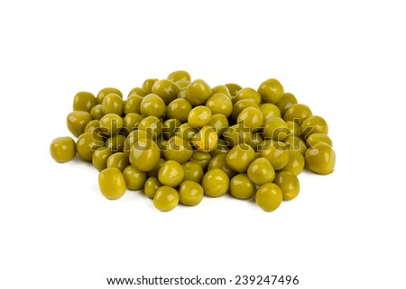 preserved peas isolated on white