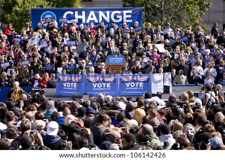 Presidential Candidate Barack Obama appearing at early vote for change Presidential rally, October 29, 2008 at Halifax Mall, Government Complex in Raleigh, NC