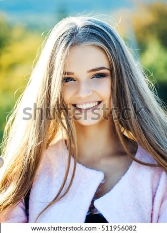 beautiful single older women