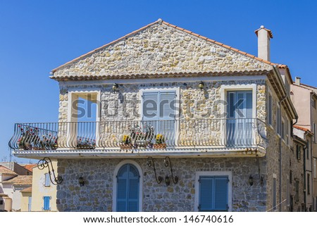Pretty house in Antibes. Antibes is a resort town in the Alps-Maritimes department in southeastern France between Cannes and Nice, Cote d'Azur.