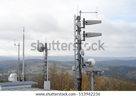 Radio mast for radio and mobile radio on a mountain