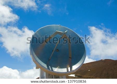 Radiotelescope (Submillimeter Array on Mauna Kea) - stock photo