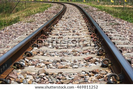 railway with left curve at the end