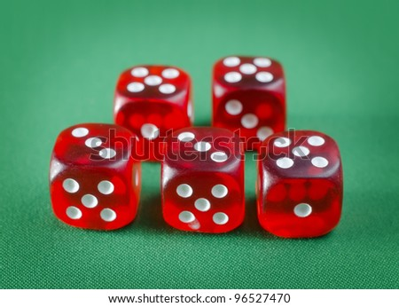 red cubes for poker