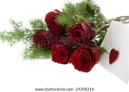 red roses with envelope and heart