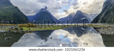 Reflections at Milford Sound (Fjordland, New Zealand)