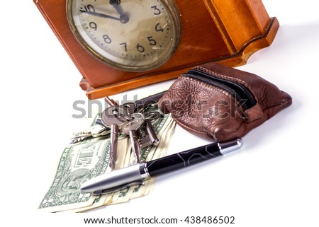 Required items for the man at the exit of the house that can not be forgotte money keys Clock
