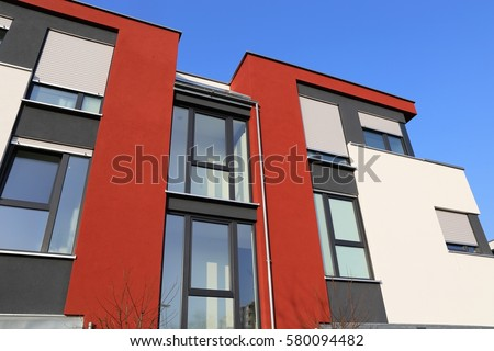 Nice Residential Home With Modern Facade Painting