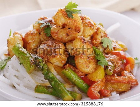 Rice Noodles with Shrimps and Peanut Sauce