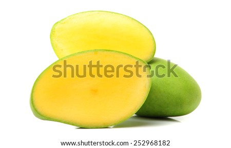 Ripe mango with slice