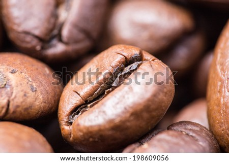 roasted natural coffee beans macro