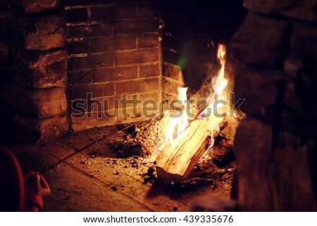 Cooking Smores Stock Photos, Royalty-Free Images & Vectors ...