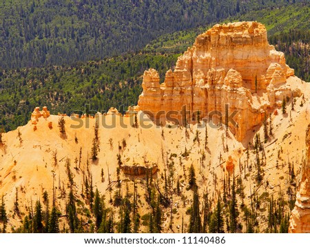 Rock formation in Bryce Canyon, seen from Farview Point