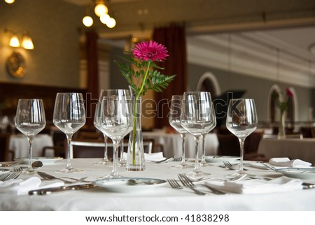 romantic table