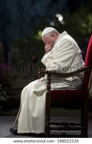 ROME, ITALY - APRIL 18, 2014: Pope Francis celebrates the 'Via Crucis' procession at Colosseum in Rome on April 18, 2014.
