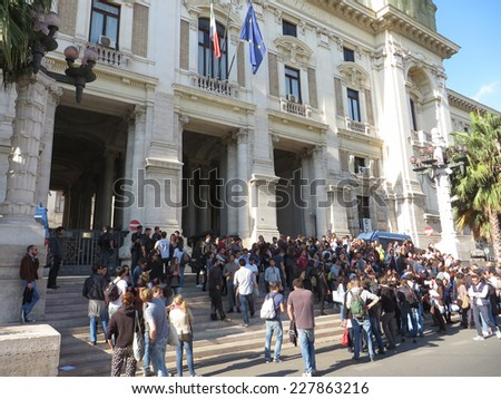 ROME, ITALY - NOVEMBER 3, 2014: Protest in front of the MIUR,Ministry of Education Universities and Research, against the failure in Organize an open competitive exam for Medicine specialization - stock photo