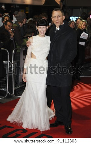 "Rooney Mara and Daniel Craig arriving for the premiere of ""The Girl with The Dragon Tattoo"" at the Odeon Leicester Square, London. 13/12/2011. Picture by: Steve Vas / Featureflash - stock photo"