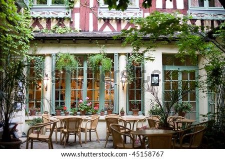 Rouen (Seine-Maritime, Haute-Normandie, France) - Court of ancient bar - restaurant at evening