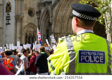 Royal Courts of Justice, London, UK, 31st August, 2014. Rally To Demand Zero Tolerance of Antisemitism - stock photo