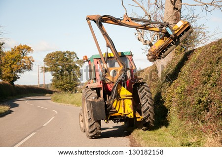 Rural hedges being maintained