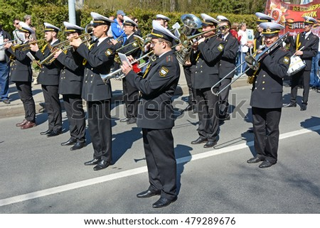 SAINT-PETERSBURG, RUSSIA, MAY 09, 2016: Russian soldiers on the street at the Day of Victory in World War Two