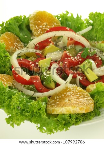 Salad with bell peppers, onion,orange and lettuce
