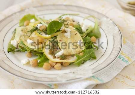 salad with chickpeas and zucchini