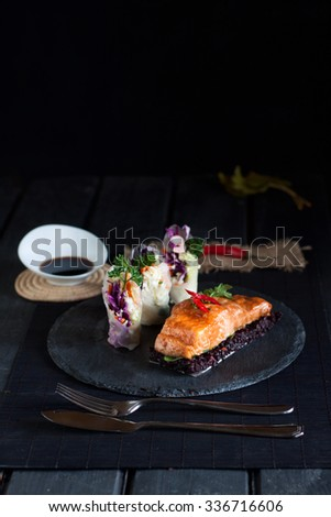 Salmon teriyaki with rice paper rolls