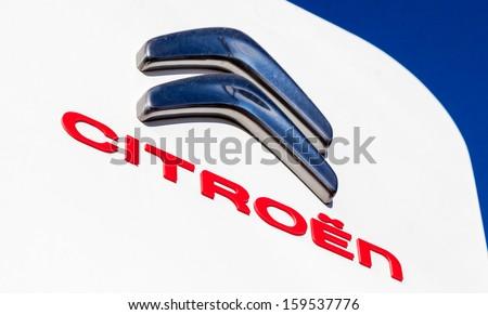 Fotografff S Quot Autodealers Cars Quot Set On Shutterstock