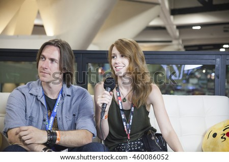 ray and tina dating after divorce