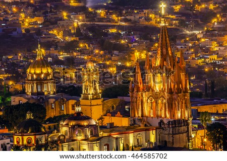 San Miguel de Allende, Mexico, Miramar Overlook Night Parroquia Archangel Church Close Up, Churches Houses