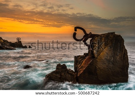"SAN SEBASTIAN, SPAIN - OCT 17, 2016: ""Peine del Viento"" set of sculptures of Eduardo Chillida on an architectural work of architect Luis Pena Ganchegui on October 17, 2016 in San Sebastian"