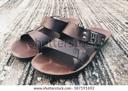 Sandals for walking